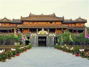 Inperial Citadel of Hue City In the Center