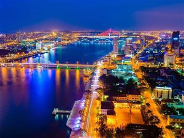 How to book the Da Nang tours with the low prices