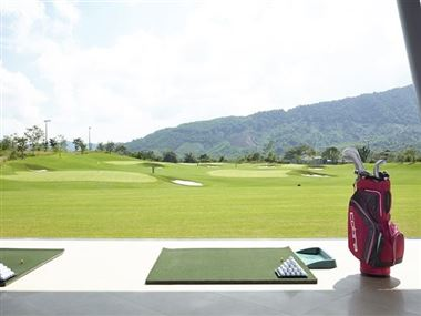 Golf-court with international rank for upper strata in Ba Na Hills